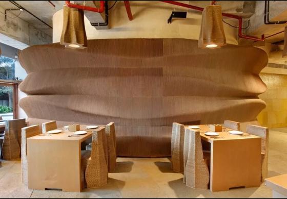 В Мумбае открылось кафе, сделанное из картона